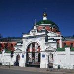 Крестовоздвиженский собор и Казанская икона Божией матери