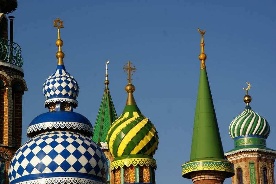 шпили на куполах